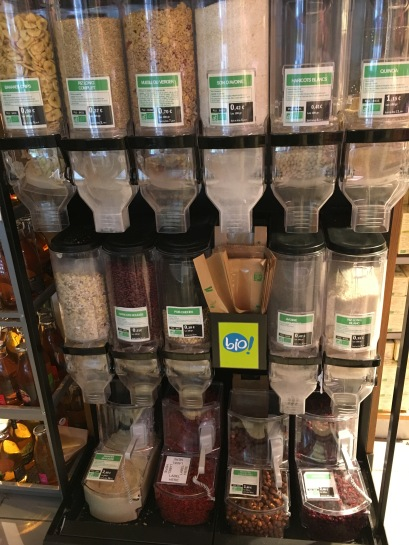Unverpackt und Bio im Supermarkt